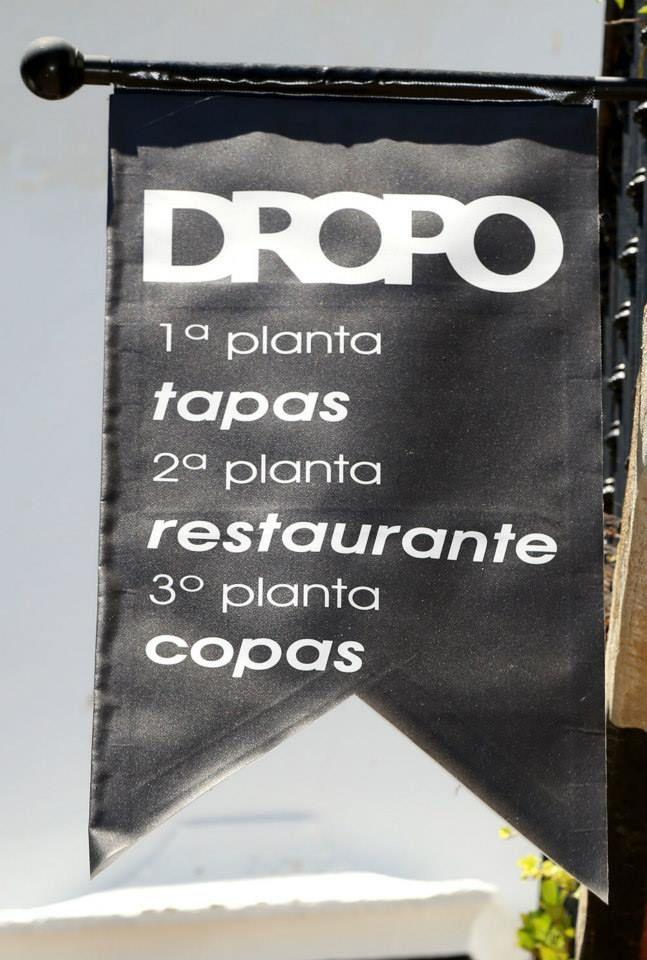 Dropo, la propuesta que os hacemos hoy desde adoptaungay.com se encuentra en Extremadura, concretamente en Badajoz, en la Plaza Grande 16. Allí puedes degustas desde tapas, deliciosos platos y más tarde pasarte a tomar una copa...