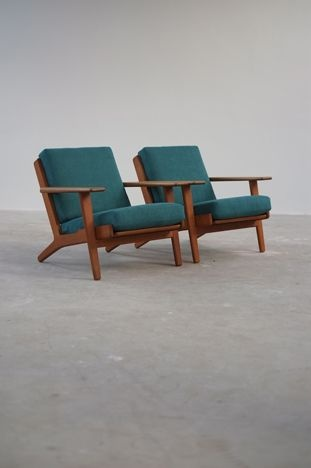 The Modern Warehouse Furniture Hans Wegner Ge290