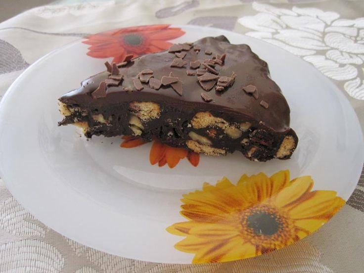 Μωσαϊκό με γλάσο μαύρης σοκολάτας.