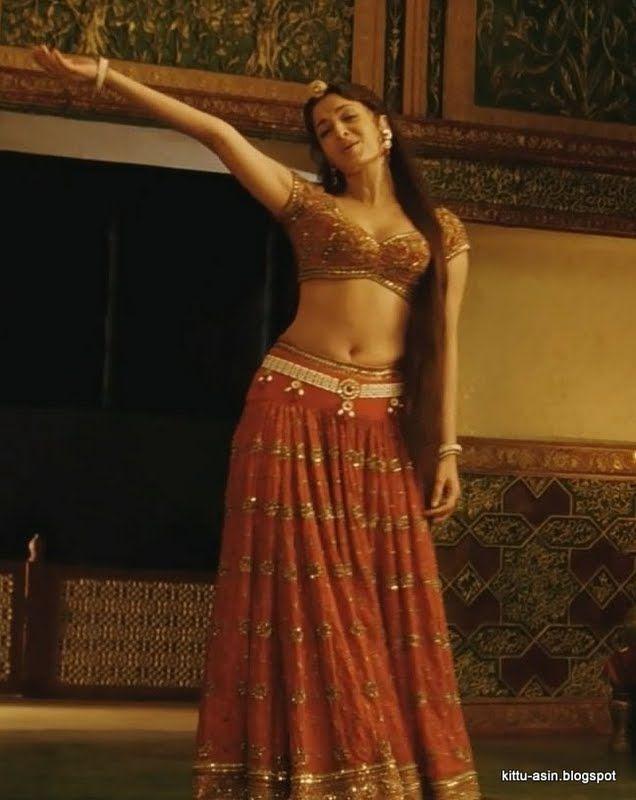 aishwarya rai jodha akbar | Venom Hot Pix: Aishwarya rai navel and cleavage show from jodha akbar