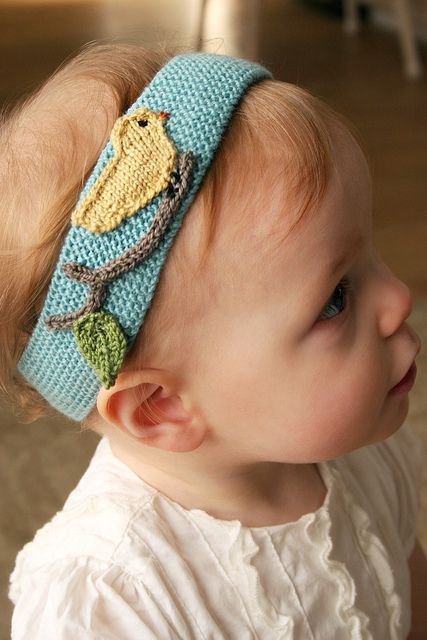 Too cute....could be an easy crochet project with felt or crocheted appliques