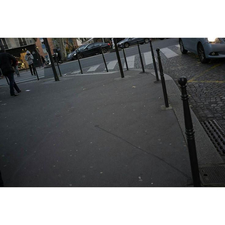 Emptiness #skantzman #manolisskantzakis #photography #colour #kodakchrome #paris #street