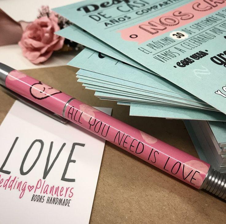 Esther...hay una carta (¡bueno unas cuantas!) para ti... 😂😂😂😂😂😂😂 ¡han quedado chulísimas!  ¡Feliz Jueves a todos!   Ali LOVE #contamoshistoriasdeamor #love #amor #happy #feliz #wedding #weddings #weddingplanner #deco #decor #diseño #design #mint #pink #invitaciones #inspiracion #deco #decor #boda #bodasLOVE #bodasbonitas #bodasunicas #happy #feliz #fashion #fashionblogger #handmade #chocolate #candybar #blog #blogger