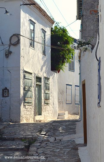 Impressions from Hydra, Greece, September 2016 © Sannie Terese Burén #Morning #Sun