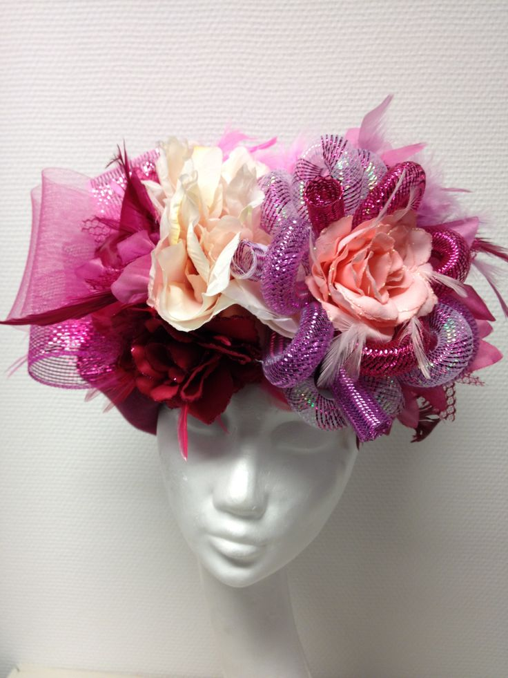 Handmade pink hat for carnaval / vastelaovend / karnaval bij BTstyling HOEDcouture&meer! http://www.btstyling.nl http:://www.facebook.com/beejtheunissen