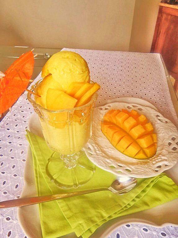 sorvete de manga e iogurte grego