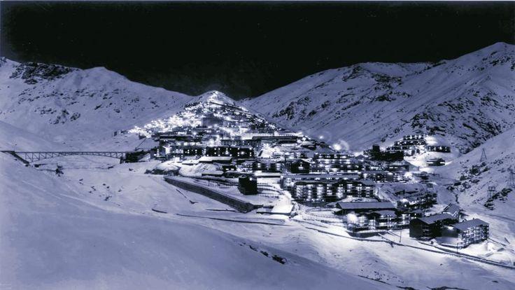 Tour a Sewell, Santiago - CHILE  Visite este legendario campamento minero