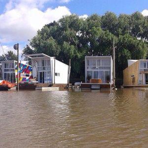 cmo es la vida en el primer barrio flotante de la argentina