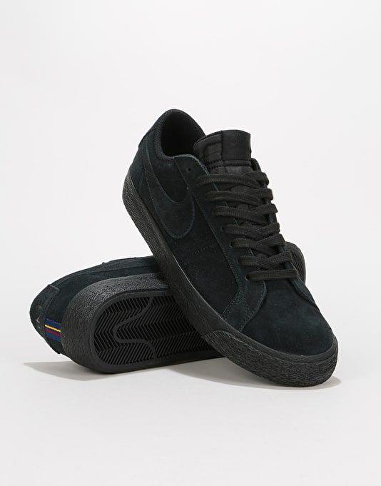 free shipping 3a28d ed79a Nike SB Zoom Blazer Low Skate Shoes - Black Black-Gunsmoke