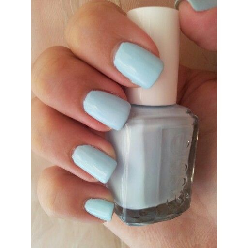 @essiepolish Mint Candy Apple.. the perfect pastel color!