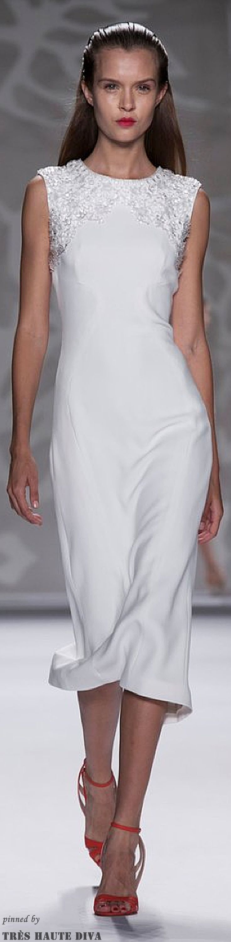 #NYFW Monique L'huillier Spring 2014 RTW http://www.nytimes.com/fashion