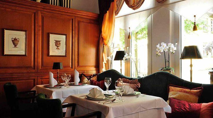 www.lokalfinder-thueringen.de/lokal/hotel-lindenhof-ilmenau Das historische Kamin-Restaurant im Hotel Lindenhof in Ilmenau!
