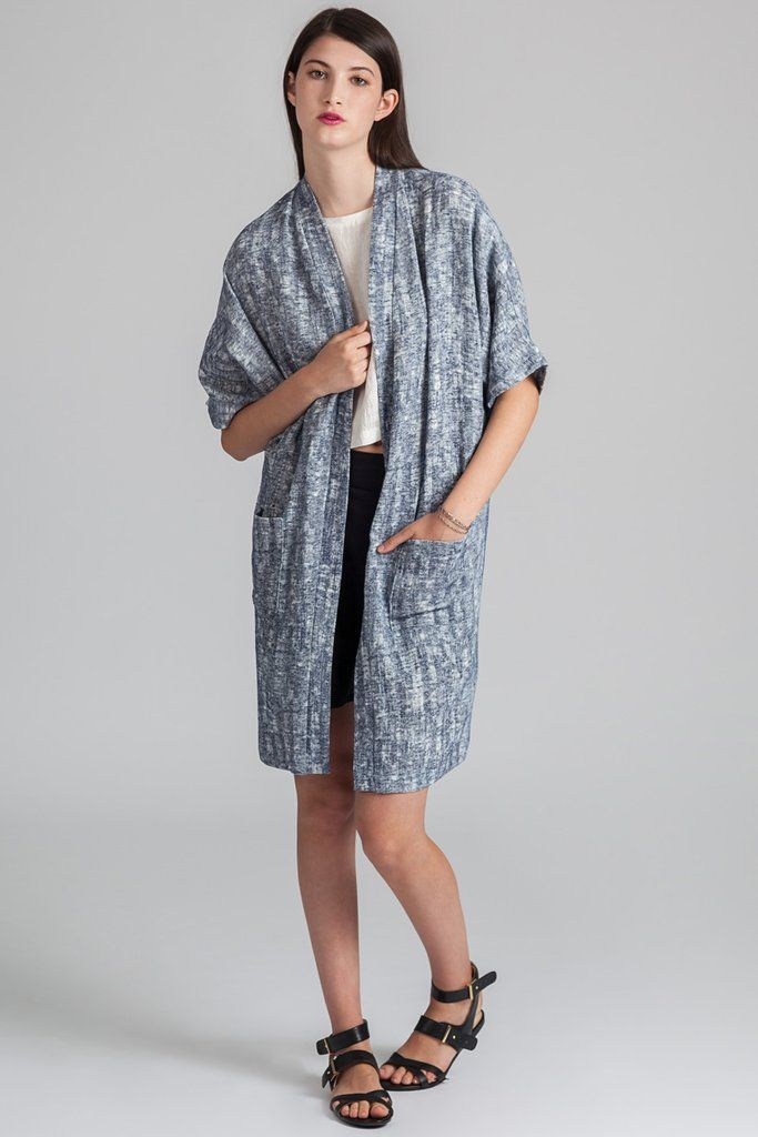 Savary Duster by eco-focused Canadian fashion label Pillar. Knee length linen blend duster with front pockets. Ethically made in Vancouver, Canada.