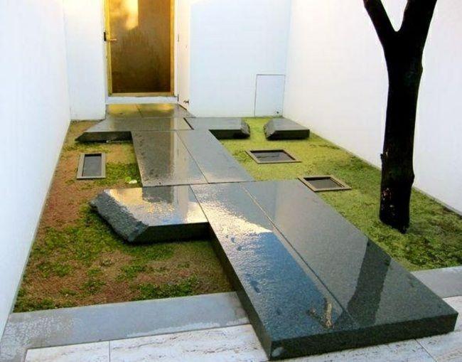 Petit jardin clos – designs appropriés pour l'espace restreint