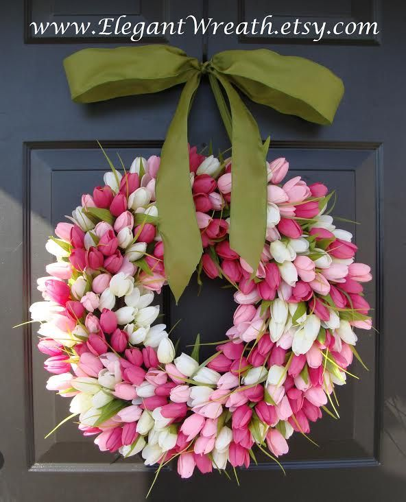 Tulip Wreath - 80 Fabulous Easter Decorations You Can Make Yourself