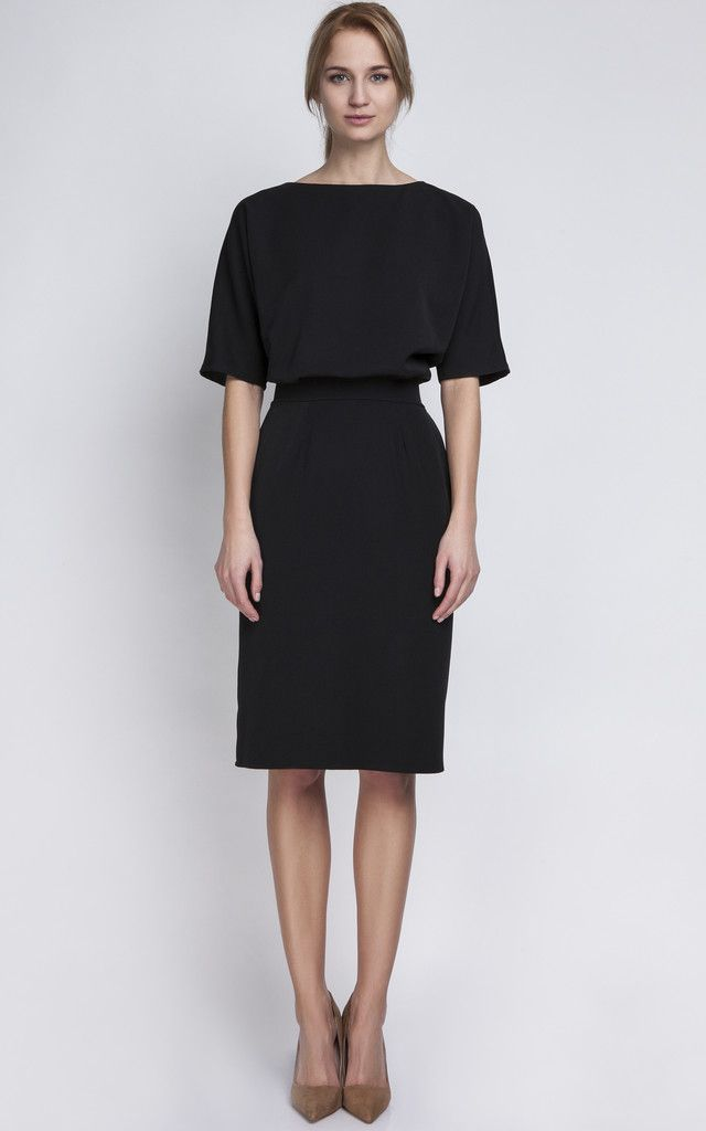 Black Fitted Midi Dress - SilkFred