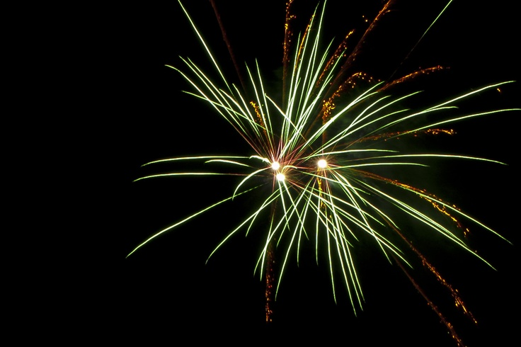 Fireworks seen at the fireworksshow in Baarn by MirEvers