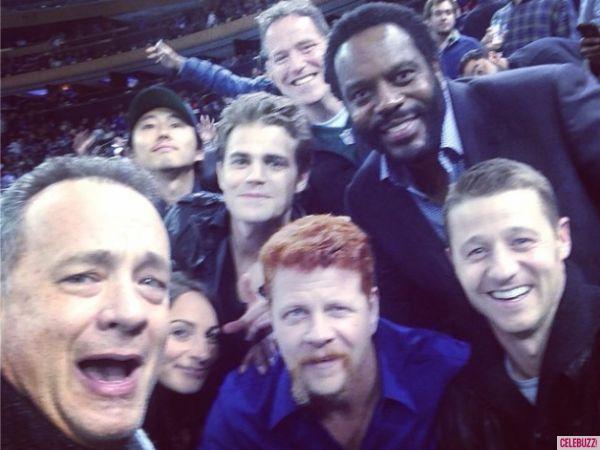 Tom Hanks selfie with Walking Dead cast. Guess he's a fan.