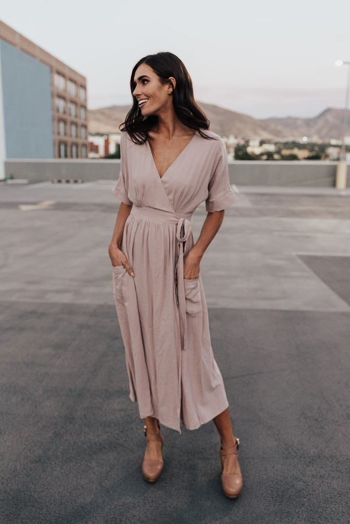 364ecea1b9 Thick non-sheer taupe linen wrap midi. Pockets. Waist tie.  Nursing-friendly! SIZING SUGGESTION   APPROX. MEASUREMENTSSmall (2-6) Waist  25