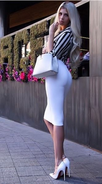 Tight dress and heels tumblr