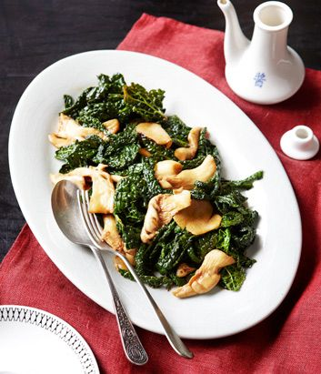 Stir-fried Cavelo Nero and Oyster Mushrooms