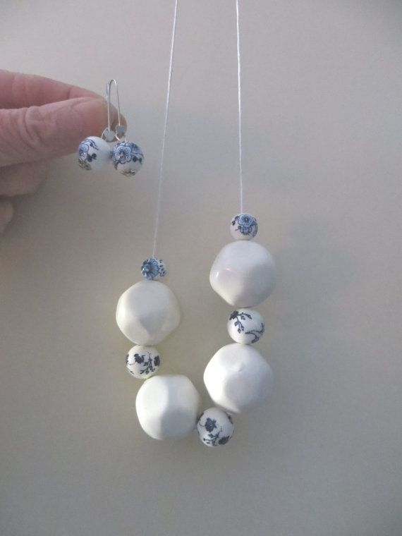 Long Necklace and earrings with four great white by madebymirjam