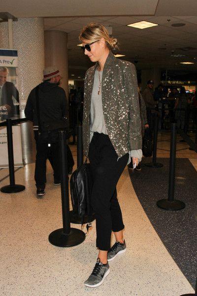 Maria Sharapova Photos Photos - Maria Sharapova is seen at LAX on February 8, 2017. - Maria Sharapova Is Seen at LAX