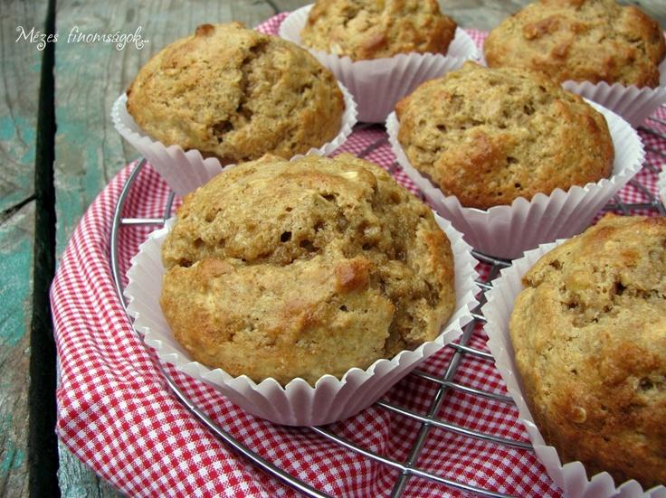 Mézes finomságok...: Banános-mogyoróvajas muffin...