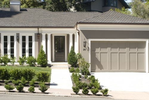 17 best ideas about ranch exterior on pinterest brick - Exterior paint coverage on stucco ...