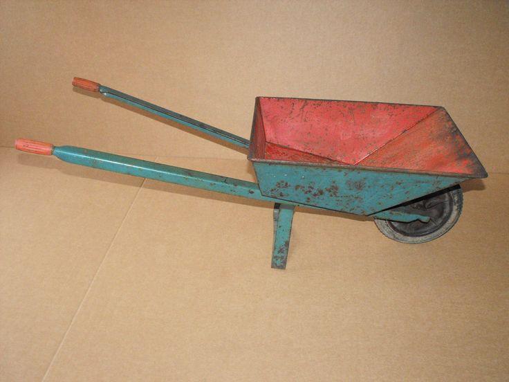 alte kleine DDR Schubkarre Kinderschubkarre Spielzeug Deko Garten | eBay