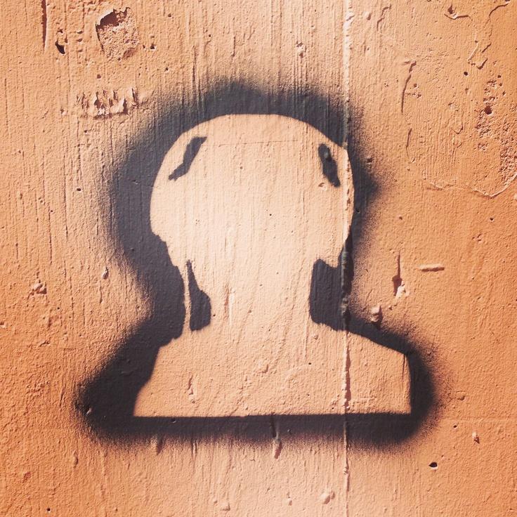 Not sure what it is but I like it. Darlinghurst graffiti
