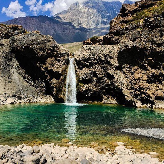 ¡El #CajónDelMaipo sigo siendo uno de los detinos que nos ecantan de #Chile!💦❤ Entra a nuestra página www.tralov.com y anímate a visitar cada ricón de este increíble lugar 🏔😍🍃😊