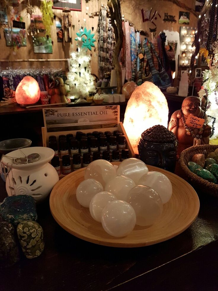 Oils and selenite spheres