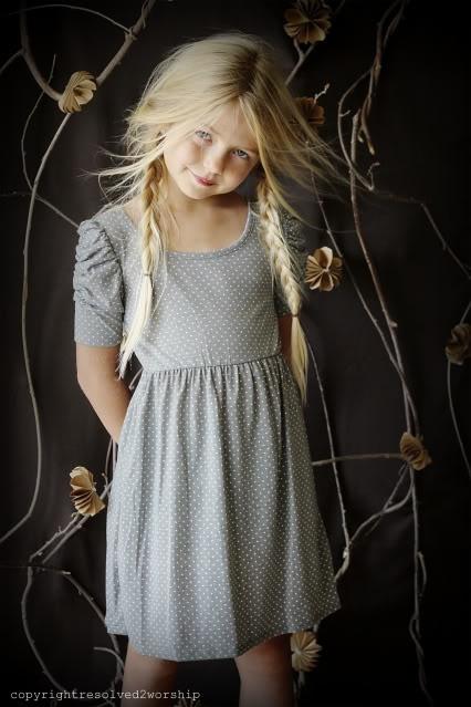 Young Girl Models Nn: Girls Grey Dress And Cute Hair