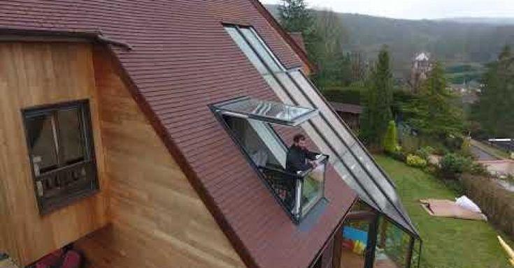 Konkrétne sa pozeráte na strešné okno VELUX CABRIO GDL 2066, ktoré sa dá pomocou sofistikovaného mechanizmu za pár sekúnd premeniť na balkón.