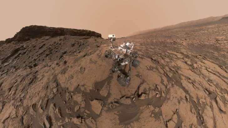 A última selfie tirada pela sonda Curiosity em Marte já é um clássico