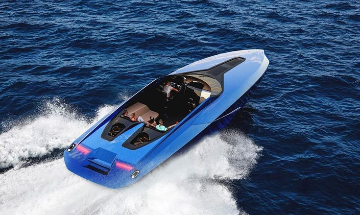 Milan-based yacht and transportation design studio Officina Armare just unveiled a Lamborghini-inspired day cruiser. Speed Boats, Power Boats, Lamborghini Aventador, Lamborghini Concept, Yacht Design, Boat Design, Canoe Trip, Japanese Cars, Wooden Boats