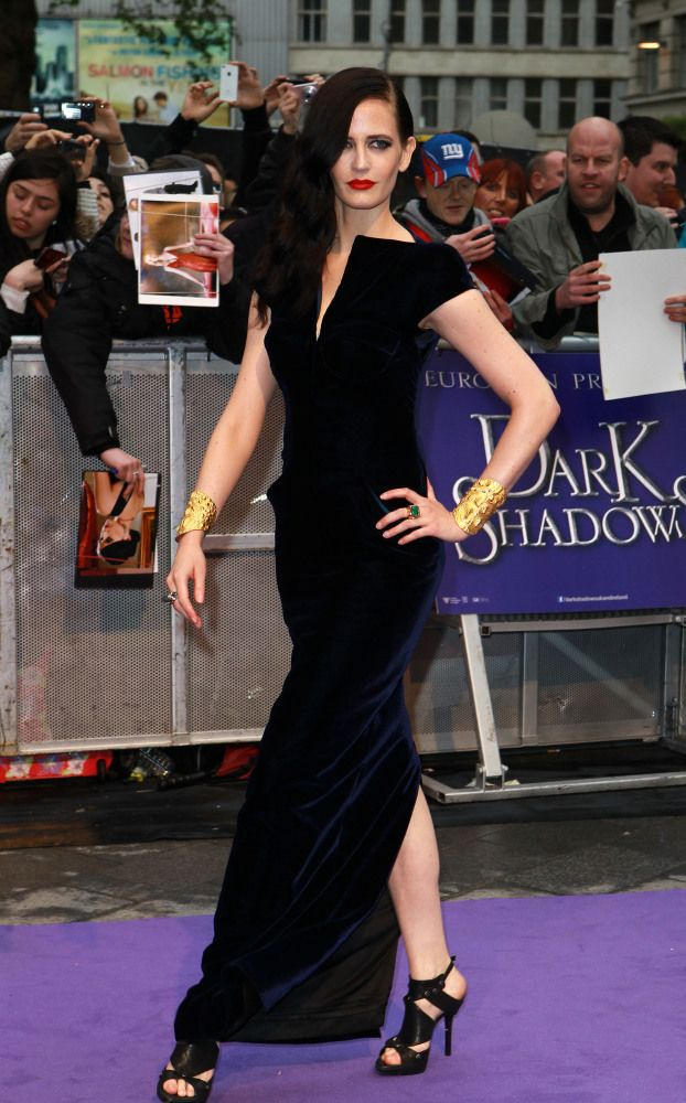 Eva Green......I love the dark lipstick, her look is just gorgeous...