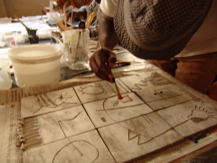 Production of hand-produced ceramic 'pages'