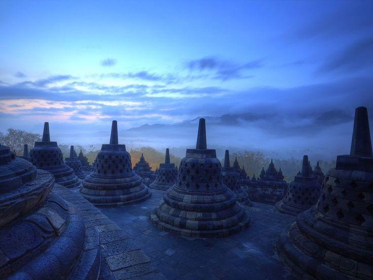 Temple of Borobudur, Indonesia. Pernah menjadi salah satu dari 7 keajaiban dunia. #PINdonesia