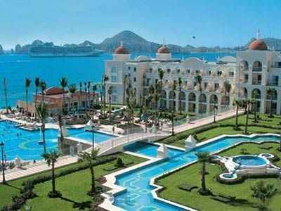 one day I will go here for my honeymoon....or Bora Bora