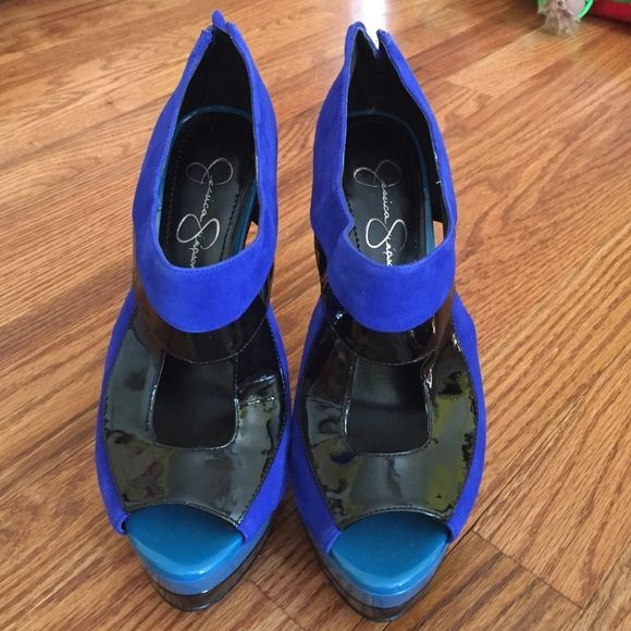 Jessica Simpson Suede Blue and Black Pumps NO TRADES!! Jessica Simpson Suede Royal Blue, Teal, and Black Pumps. 4 inch heel 2 inch platform. Zipper back closure. Super cute. Super comfy Jessica Simpson Shoes Heels