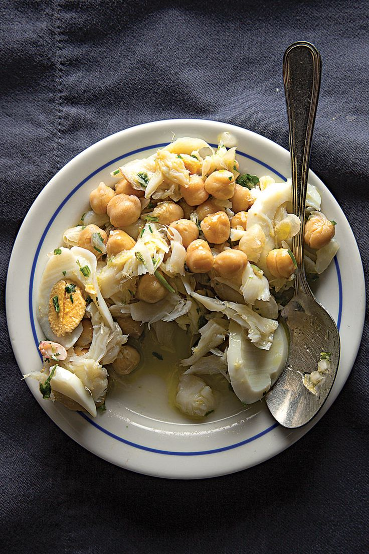 #Recipe - Salada de Bacalhau a Grão-de-bico (Salt Cod, Chickpea, and Egg Salad) | via SAVEUR