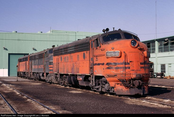 RailPictures.Net Photo: WP 915-D Western Pacific EMD F7(A) at Stockton, California by Leo J. Munson