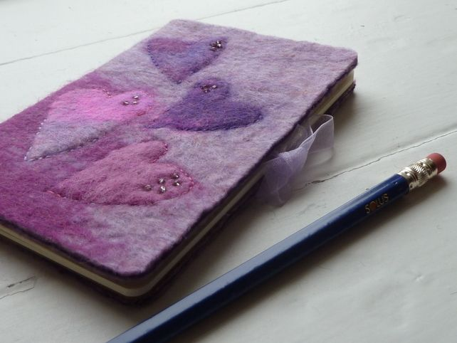 This Hearts Pocket Notebook would make a lovely Valentines gift - just perfect for sliding into a small handbag