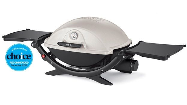 Q - high lid with thermometer- natural gas bbq - best gas barbecue with great flavour