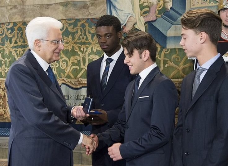 """Lecce - Studente 15enne del """"Galilei-Costa"""" insignito Alfiere della Repubblica dal Presidente Mattarella"""