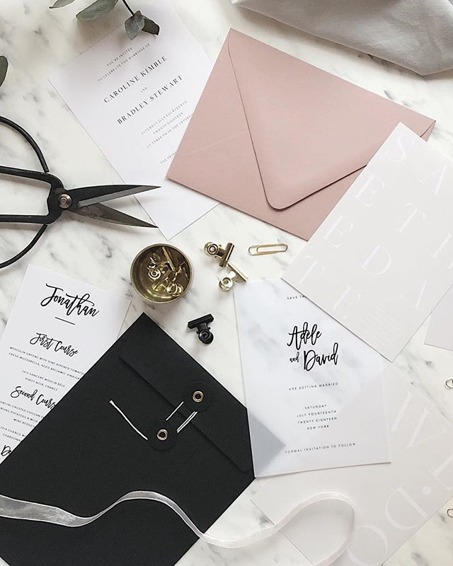 "I call this photo ""a beautiful mess"" 💖 Love to pair my blush envelopes with black & white, soft pale or Vellum stationery 👆🏻 • @etsysuccess - Goal for 2018 is to grow my Etsy shop by continuously expanding the product range"