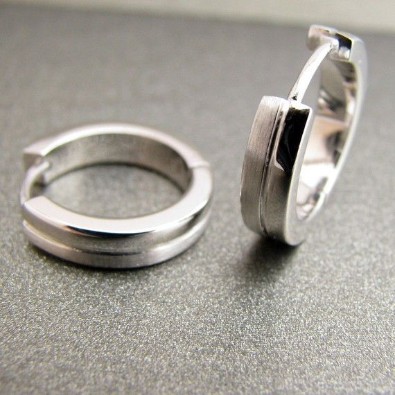 Men's earrings half shiny half matte hoop earrings