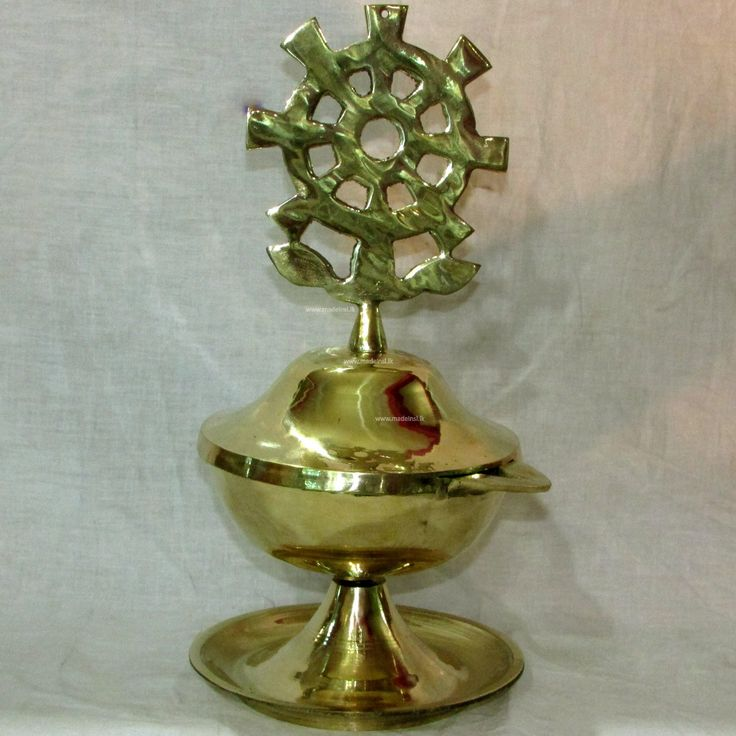 Brass Oil Lamp 02